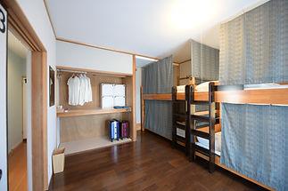 room03 07.jpg