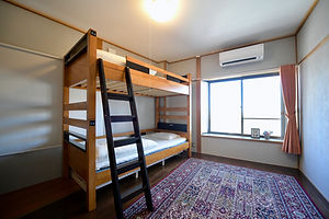 room01 03.jpg