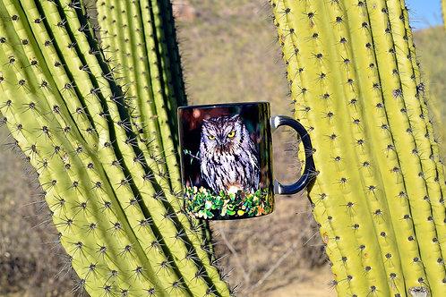 Taza de cerámica con fotografía nocturna de búho