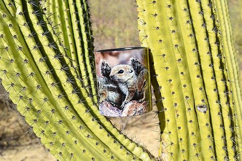 Taza de cerámica con fotografía de trio de ardillas