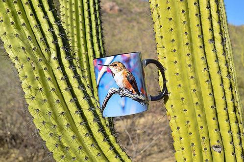 Taza de cerámica con fotografía de un colibrí