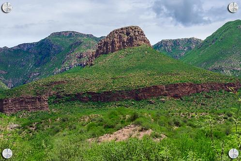 Cerro la pirinola en Granados Sonora - Montaje en Acrilico