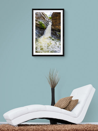 Tinajas de Agua En El Desierto - Tamaño 50x80cm