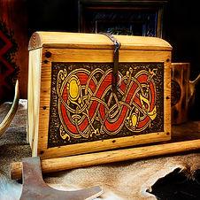 Klan Runda Chest box