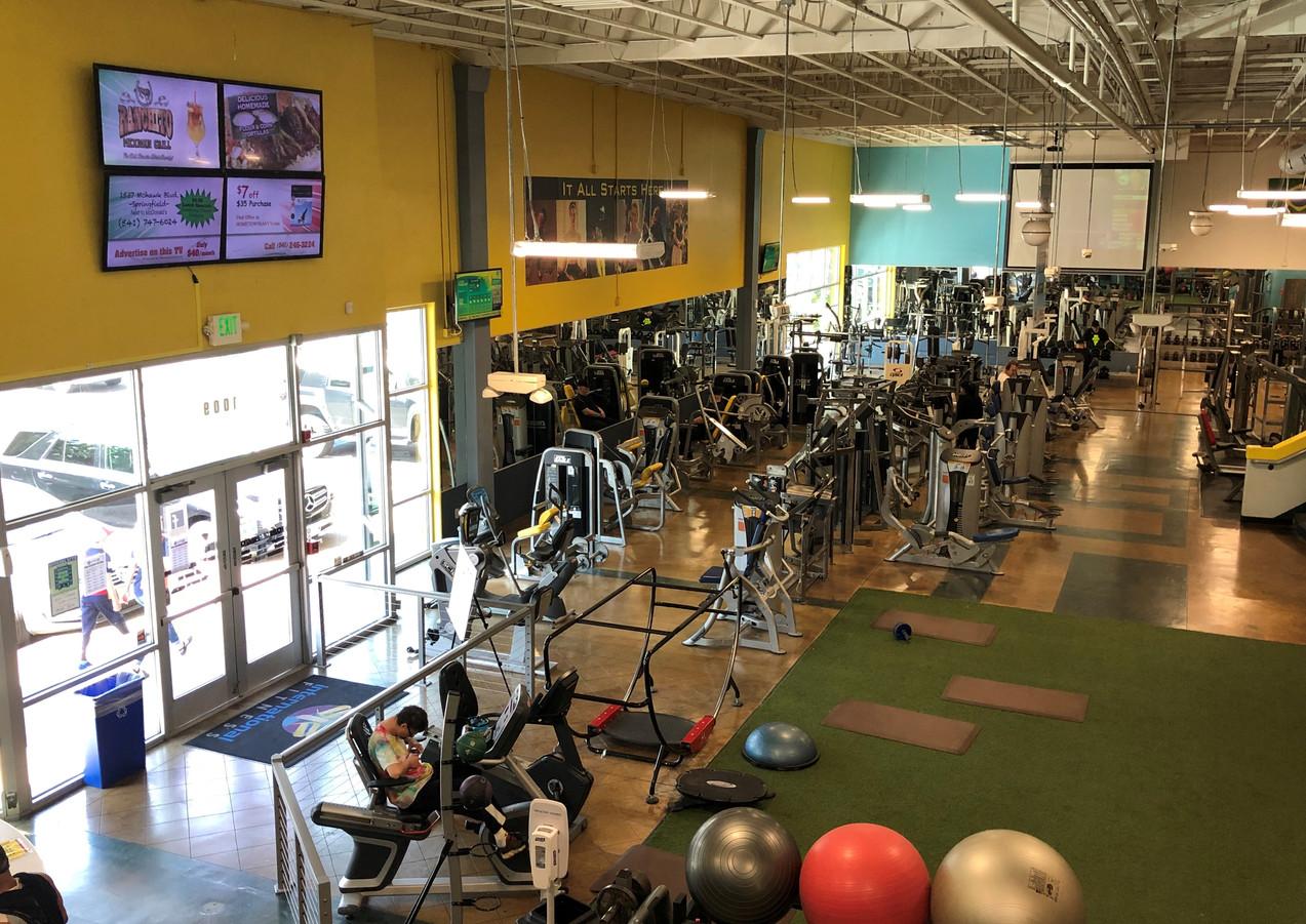 International Fitness TV Wall