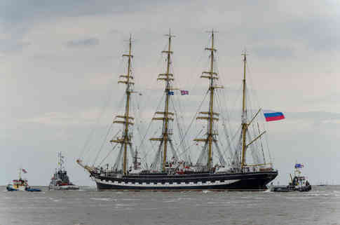 _absolutely_free_photos_original_photos_russian-training-ship-4928x3264_26403.jpg