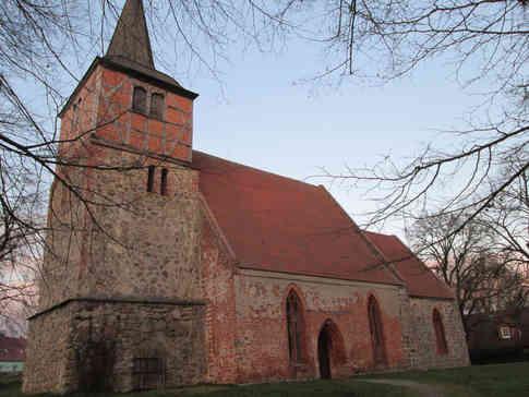_absolutely_free_photos_original_photos_red-brick-church-4608x3456_71022.jpg