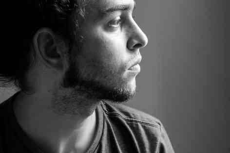 Портретное фото мужчины