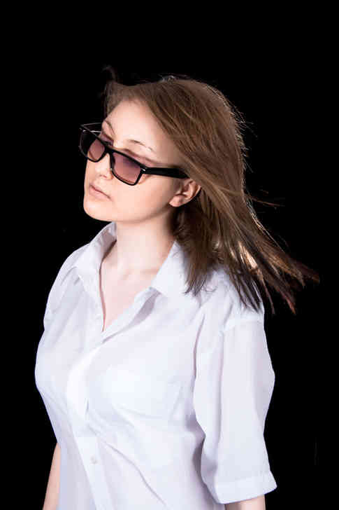 young-woman-with-glasses