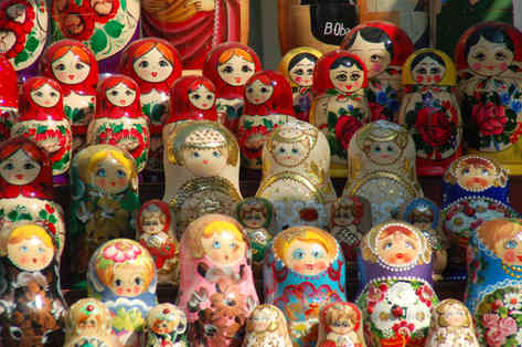 _absolutely_free_photos_original_photos_russian-dolls-on-shelves-3008x2000_49688.jpg
