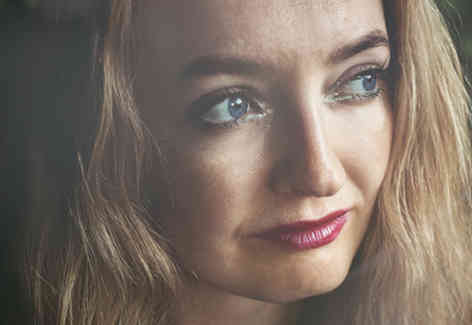 Портретное фото девушки