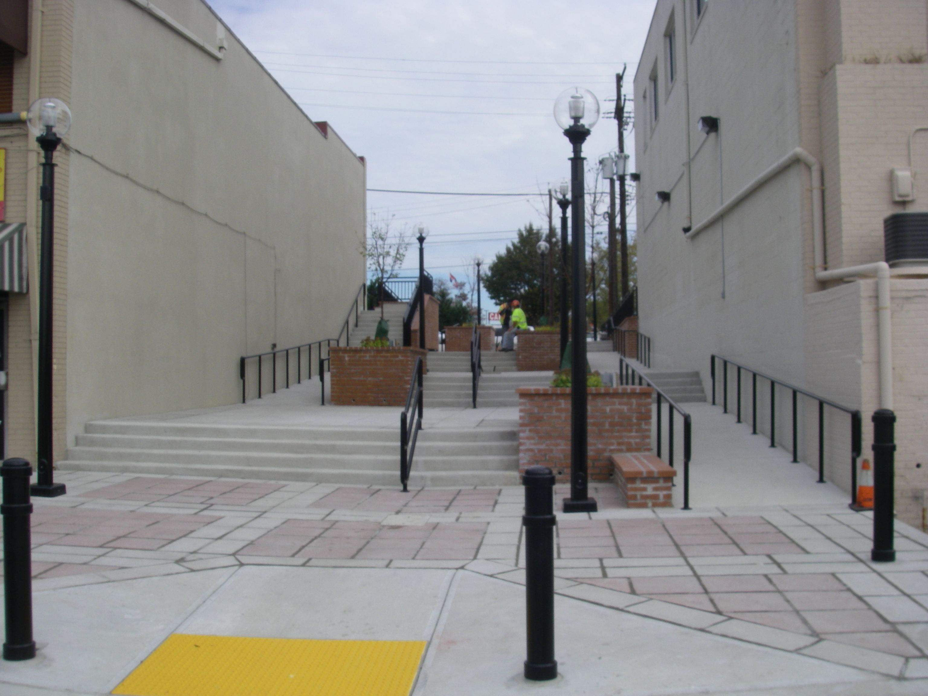 WHEATON TRIANGLE PEDESTRIAN WALKWAY