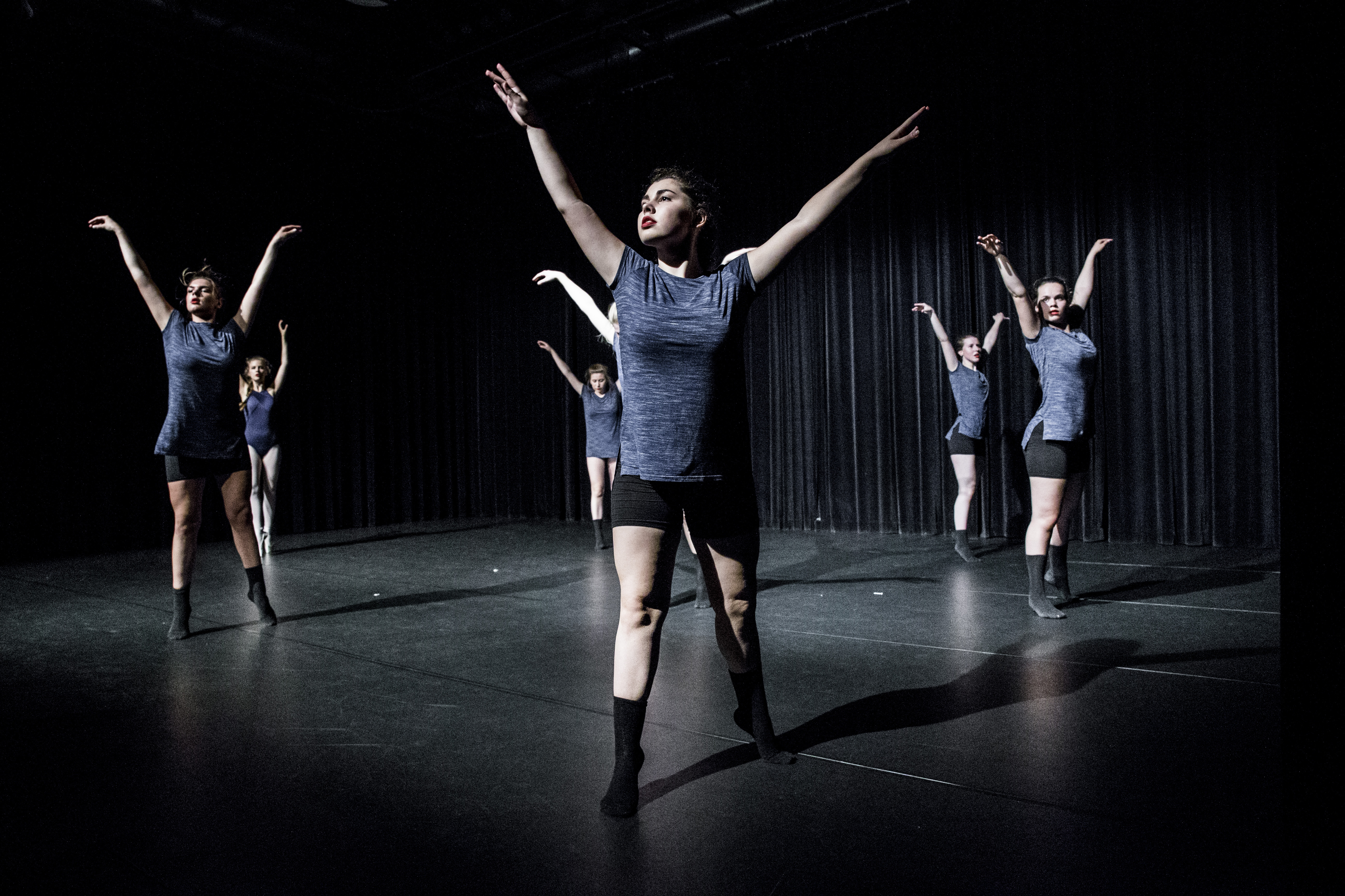 Company Danst! - 057
