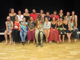 """""""La tradició teatral africana s'ajusta molt més al teatre de l'oprimit que al teatre oc"""