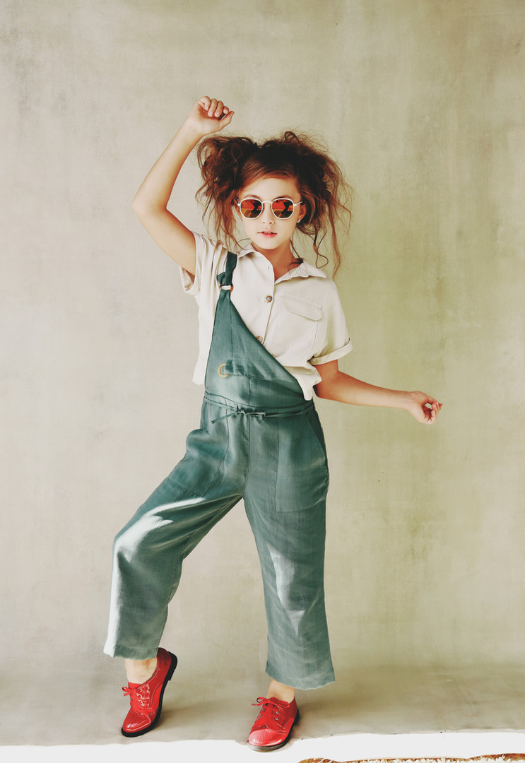 CHILD MODEL 2019