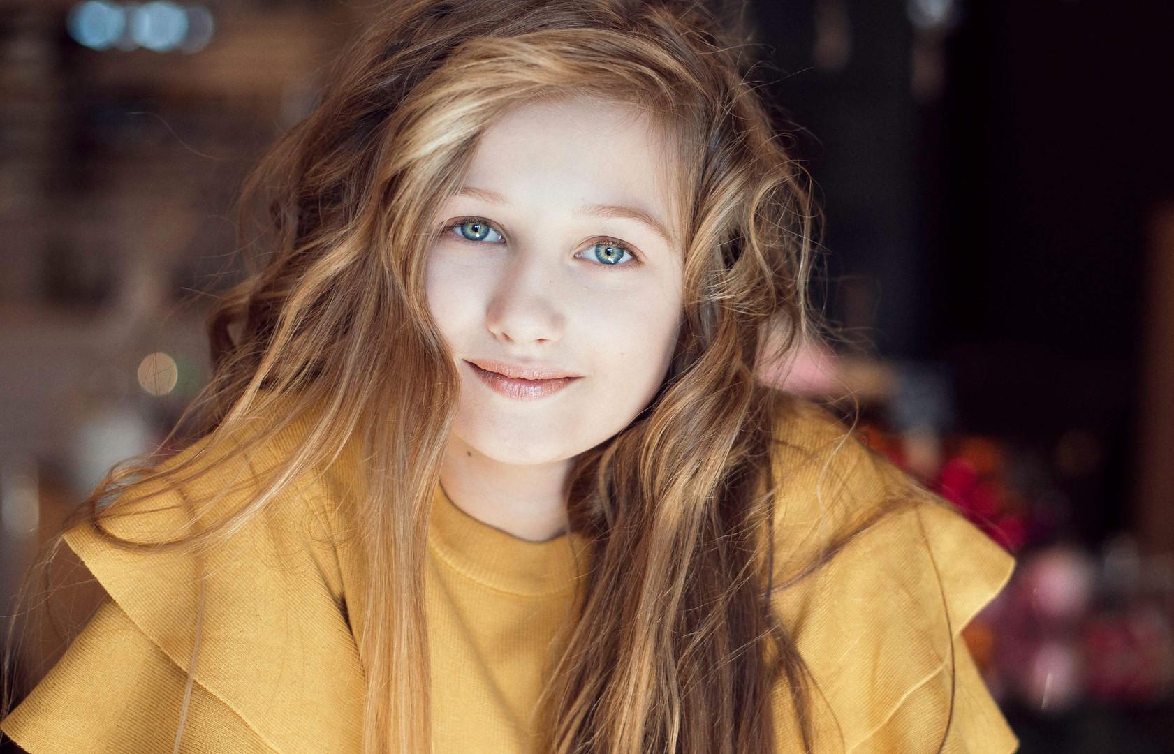 Nicolette B