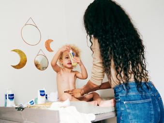 Cuida la piel de tu bebé y además sé súper amable con el ambiente