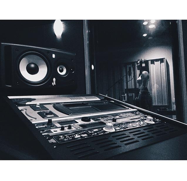EDM Vocals compression