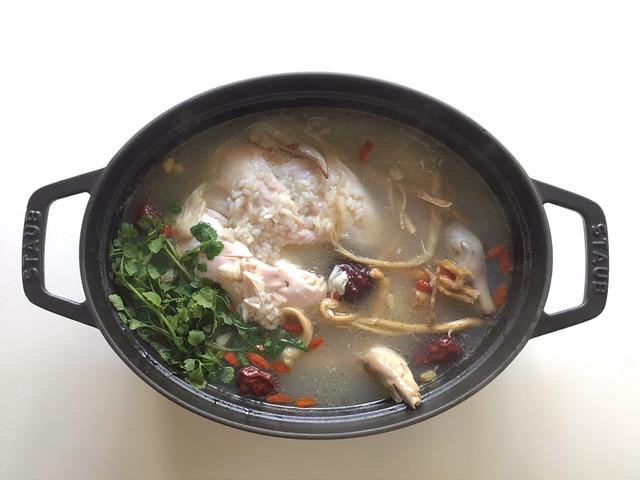 参鶏湯研究所の薬膳参鶏湯ワークショップ
