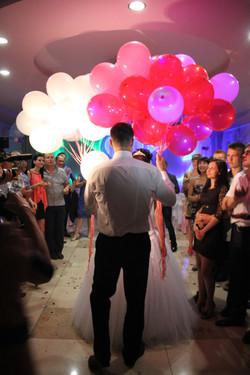 Светящиеся воздушные шары.