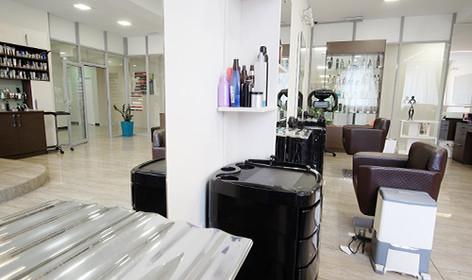 Salons & Spas