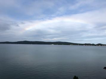 GoToの虹と海