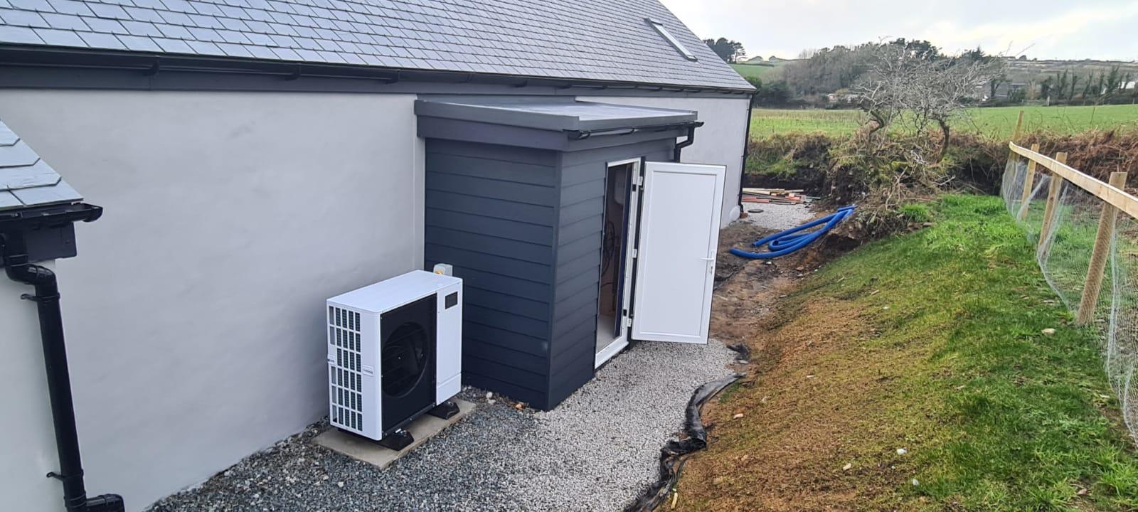 Outdoor Plant Room Heat Pump