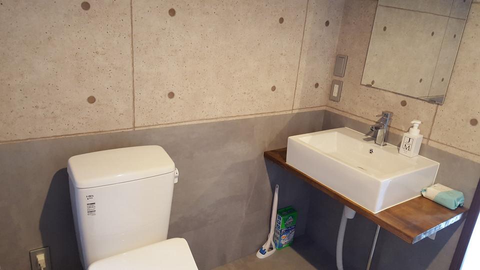 自習室はトイレ男女別で広くてキレイ