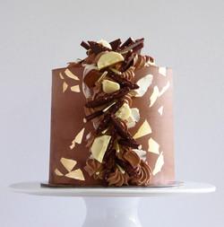 CHOCOLATE CASCADE