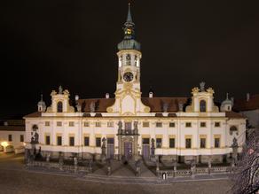 Noční tajemství Loretánského náměstí