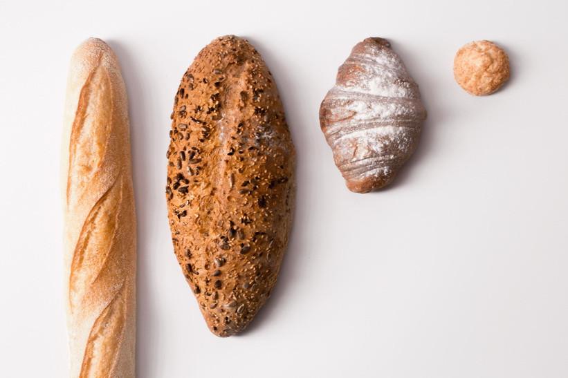Az adalékanyagokkal készült kenyerek betegségeket okoznak, inkább készíts te is kovászos kenyeret, ami rendben tartja a bélflórát!