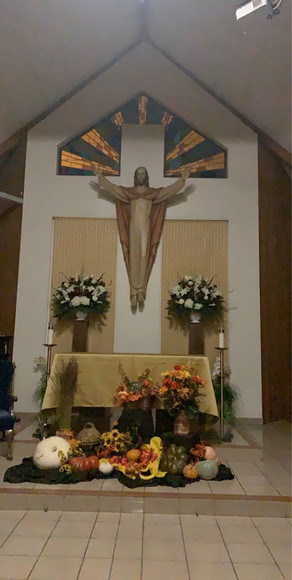 altar thanksgiving.jpg