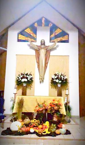 altar%20thanksgiving_edited.jpg