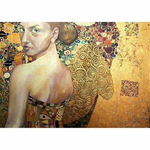 Mint Beautiful Women in Gold