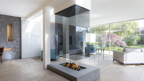 870 SUSPENDED GLASS