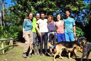 Finca-Viracocha-Voluntarios