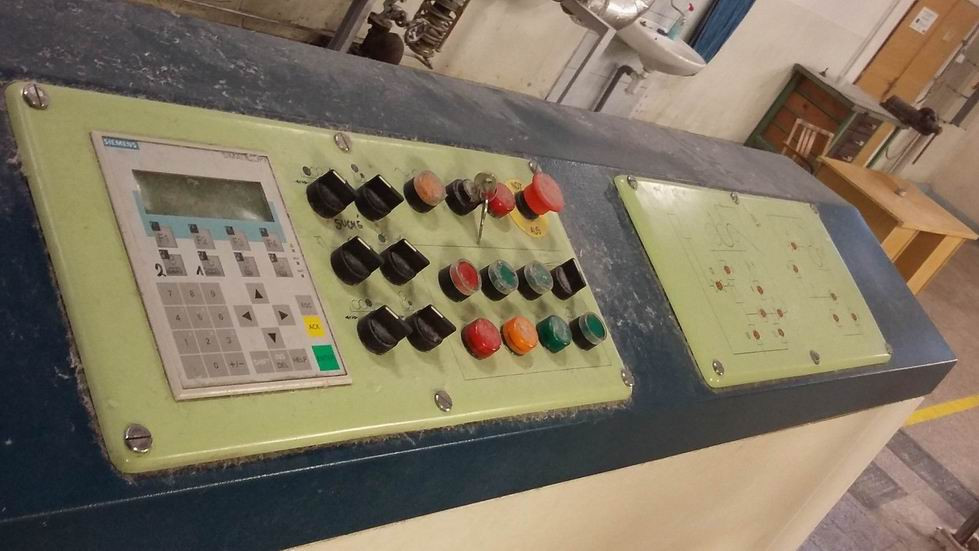 Sizing machine Sucker 2004 010.jpg