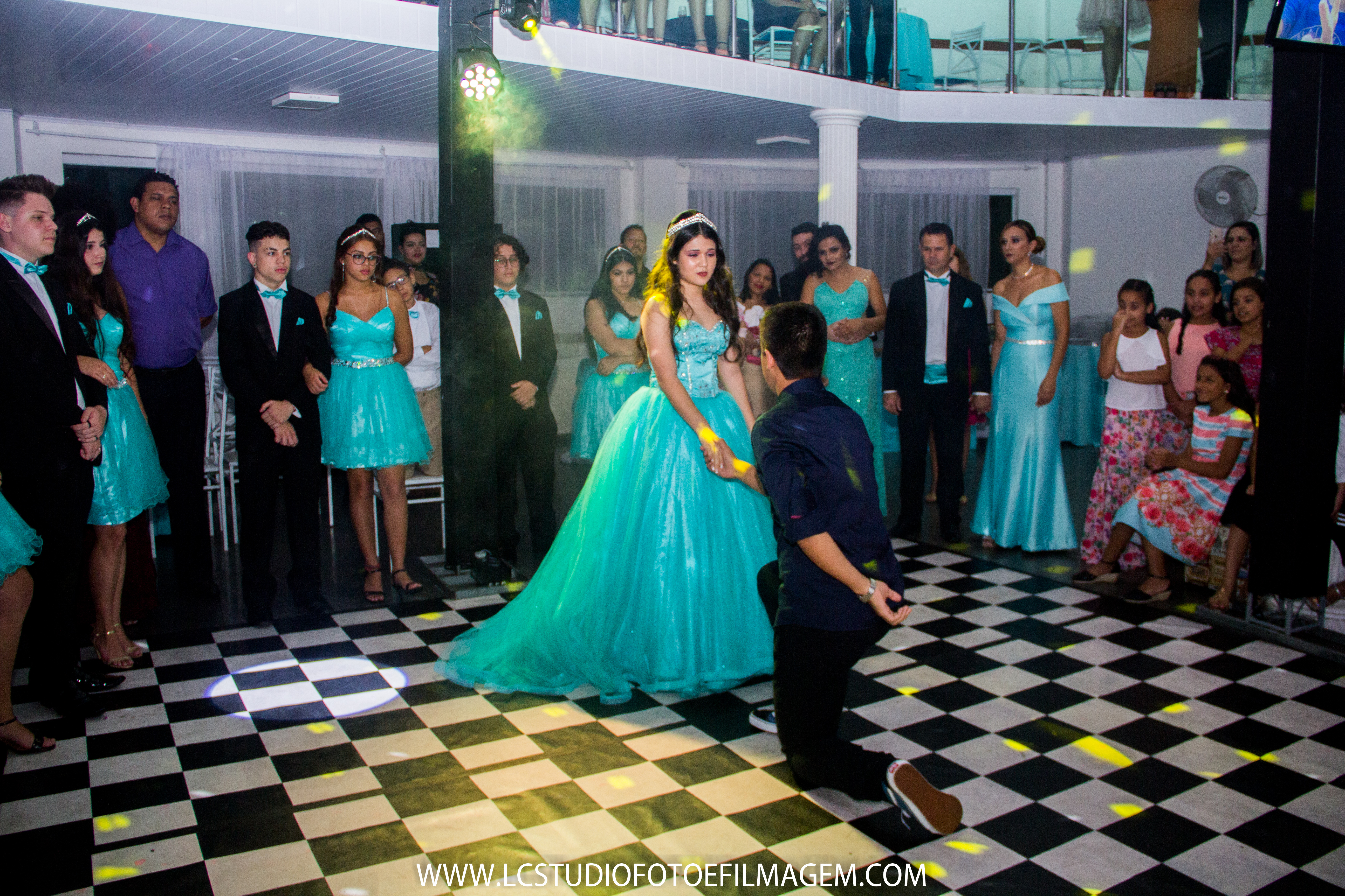 LC - Debutante Ana (307)