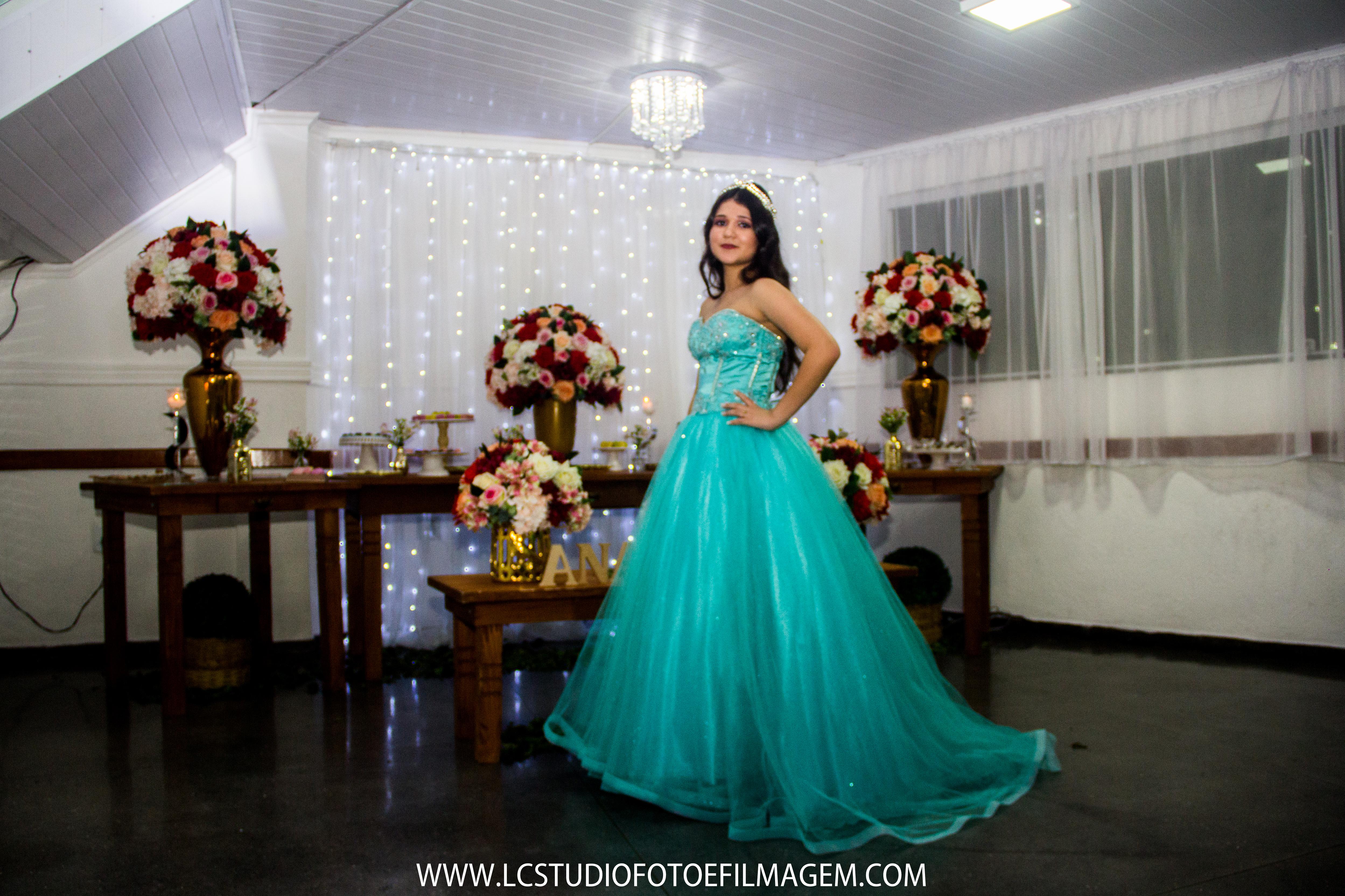 LC - Debutante Ana (452)