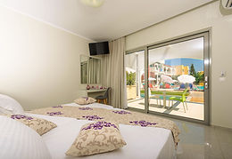 Superior Rooms with Shared Pool GR