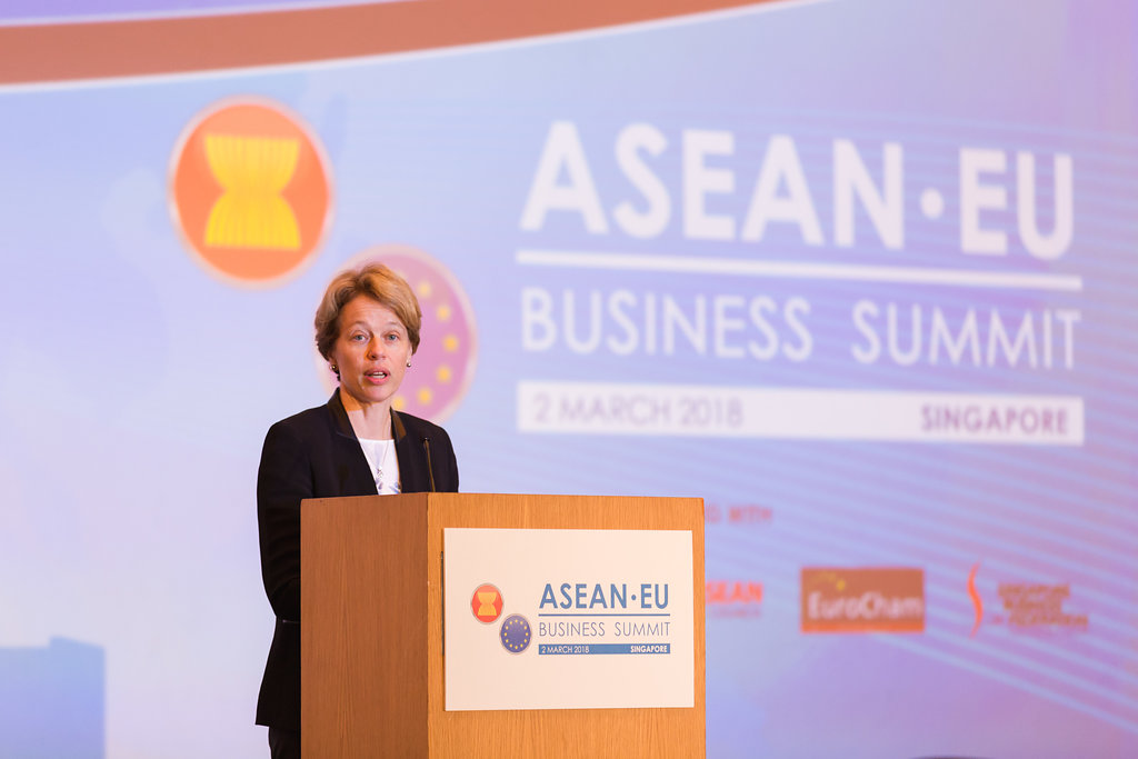 ASEANEUBusinessSummitEuroCham2018-0547-6
