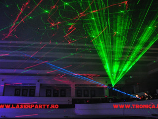 """Revolutii"", laser-show cu intrare libera"