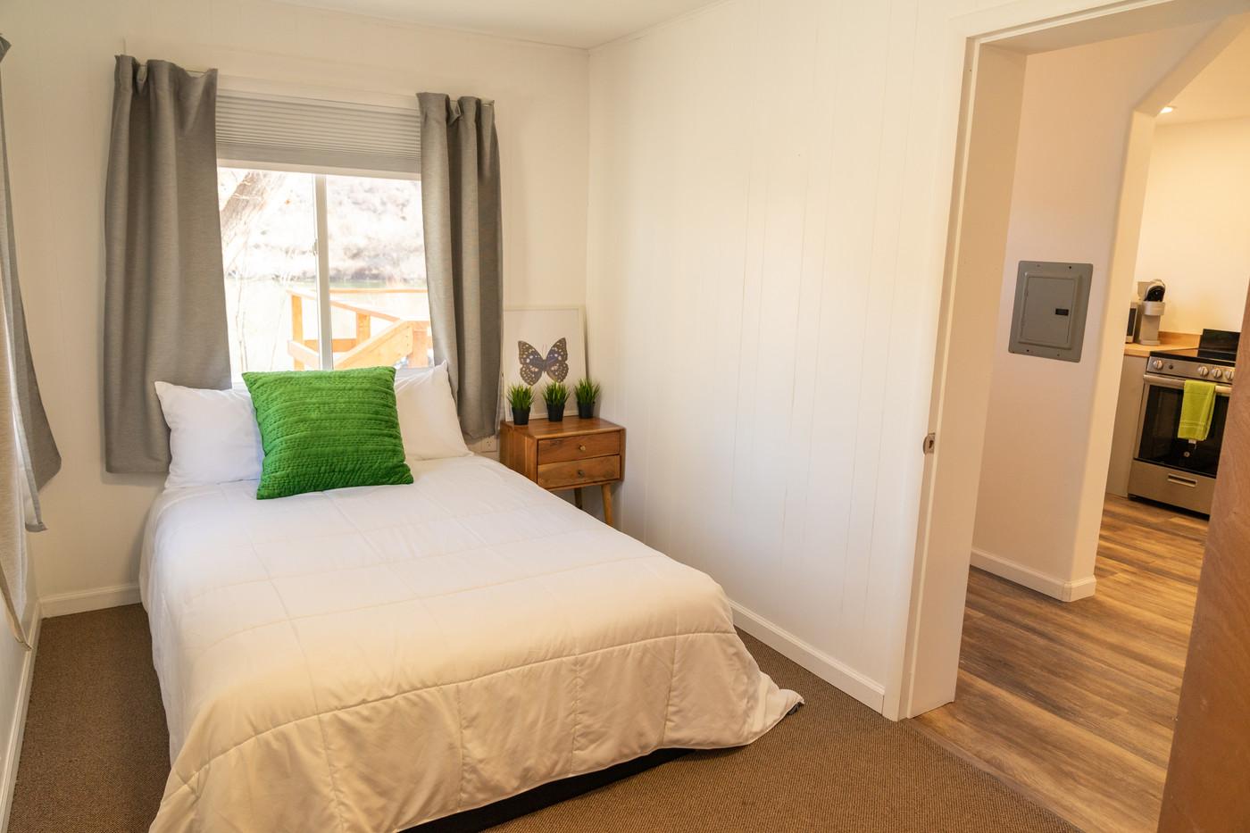 Riverside Condo Secondary Bedroom