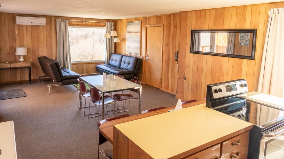 Poolside Condo Livingroom
