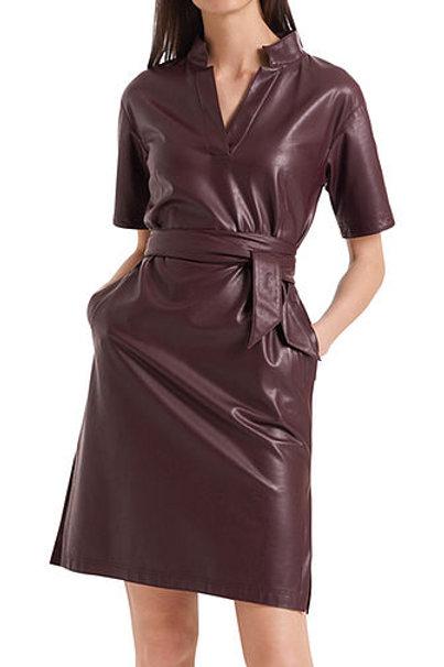 MARC CAIN Collection Robe en cuir végan PC 21.48 J78 col. 295 Couleur: aubergine