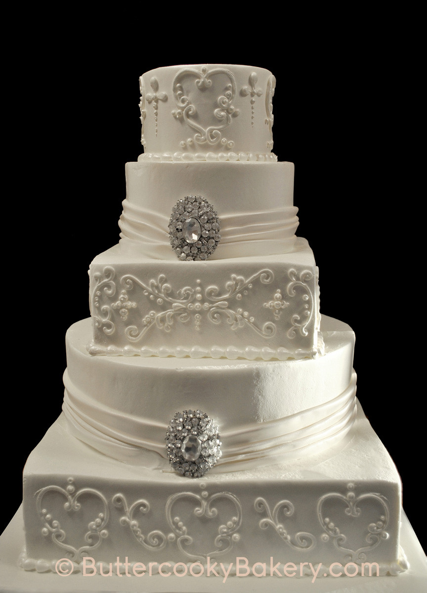 Multi Shaped Tier with Scrollwork and Dr