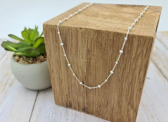 Collier court perles argent 925 et perles blanches à personnaliser