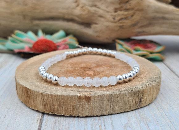 Bracelet dominante pierre fine et perles 4mm  argent 925