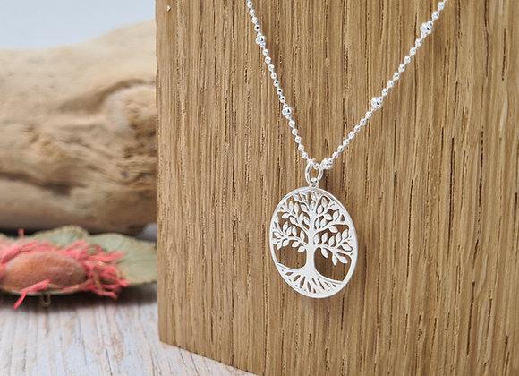 Collier court argent chaîne perlée et pendentif arbre de vie