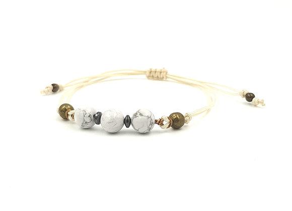 Bracelet cordon réglable et perles de Howlite